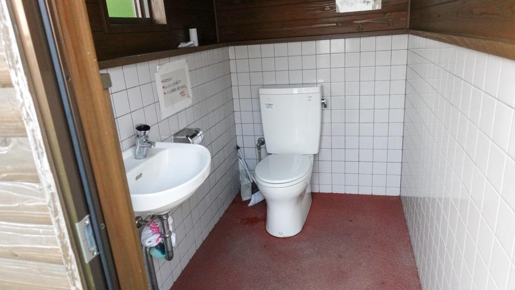 大角海浜公園 くじら広場キャンプ場 トイレ